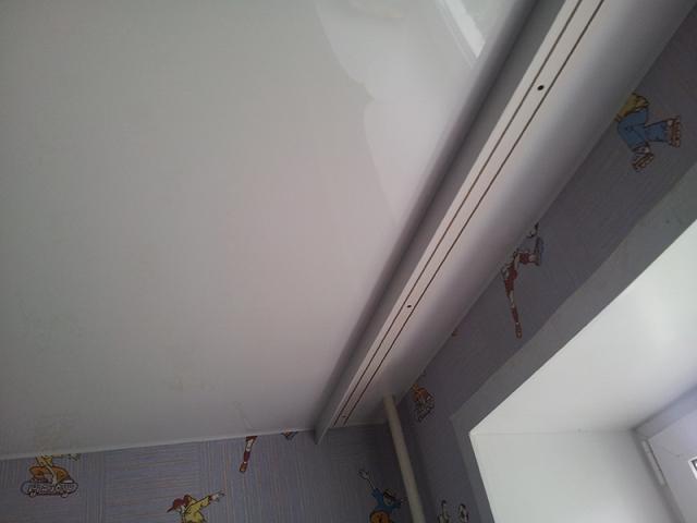 карниз на потолок